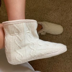 White ankle splippers